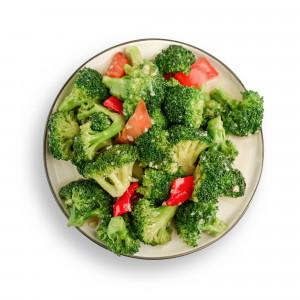 Brokoli sa belim lukom